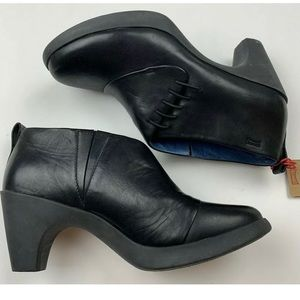 Camper Alicante Ariadna Black Leather Booties Heel